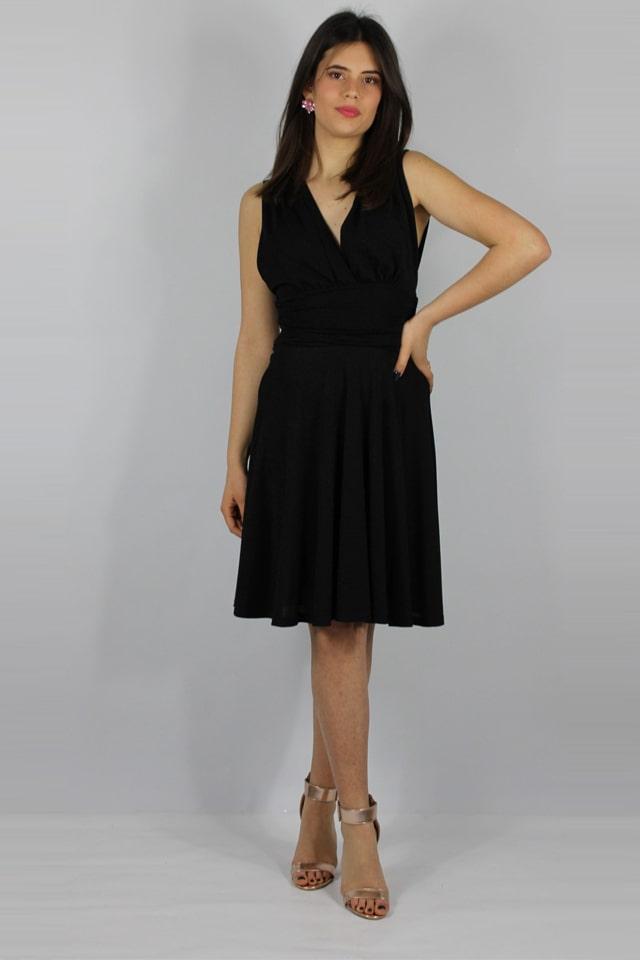 lecce-galatina-abito-nero-donna-stile-casual-charme-canaris-salento